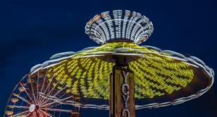 Ferris Wheel Melting into YOYO